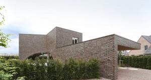 Villa-Moerkensheide-by-Dieter-De-Vos-Architecten-12
