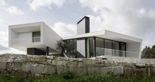 Modern-house-in-Portugal-Vidigal-House-by-Contaminar-Arquitectos
