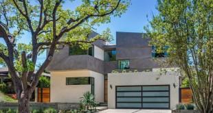 Modern-home-in-Mar-Vista-neighborhood-in-Los-Angeles