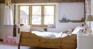 White-country-childrens-bedroom