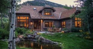 Woodland-chalet-in-Idaho-exterior-and-facade