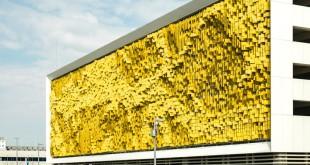 Dynamic-facade-Eskenazi-Hospital-in-Indianapolis
