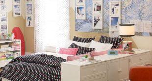 black-and-white-dorm-room-582x582