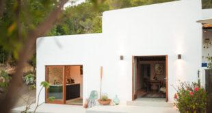 IBIZA-CAMPO-LOFT-Standard-Studio-Ibiza-Interiors-11-600x399