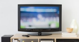 gadgets-cleaning-mistakes-tv