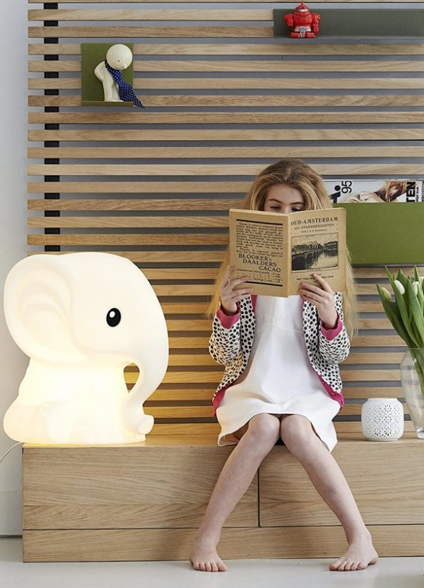 person-sized-elephant-night-lights-for-children-600x831