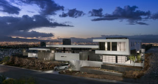 Ascaya-development-and-the-city-in-the-distance