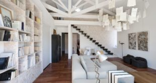 Living-room-with-trusses-1024x683