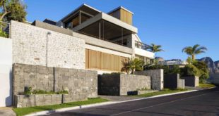 Cape-Town-house-with-views-of-the-sea-has-gabion-walls-facing-the-street